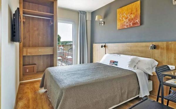 4 stars hotel santa ponsa (1)
